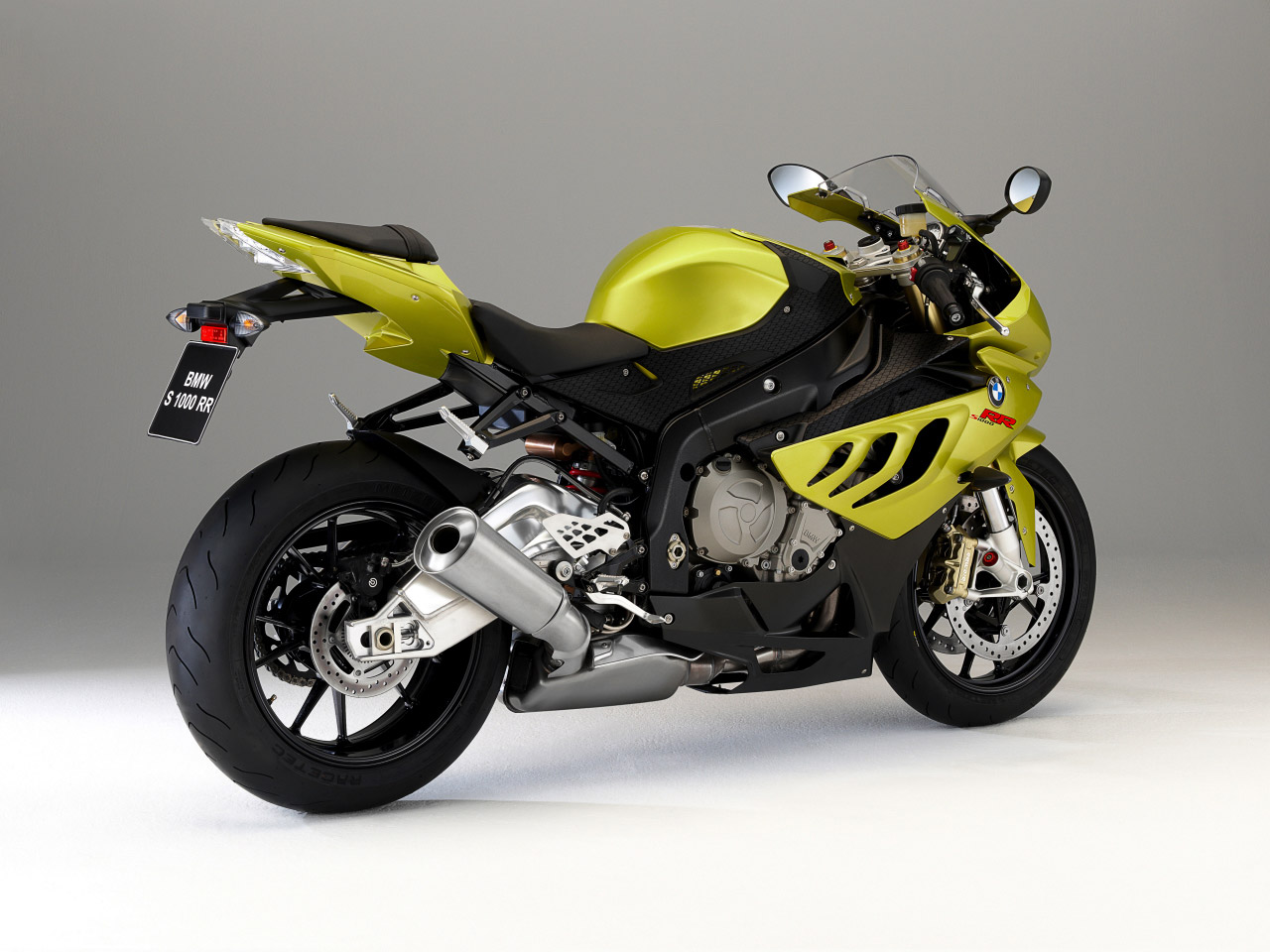 HD Wallpapers 2010 BMW S1000 RR