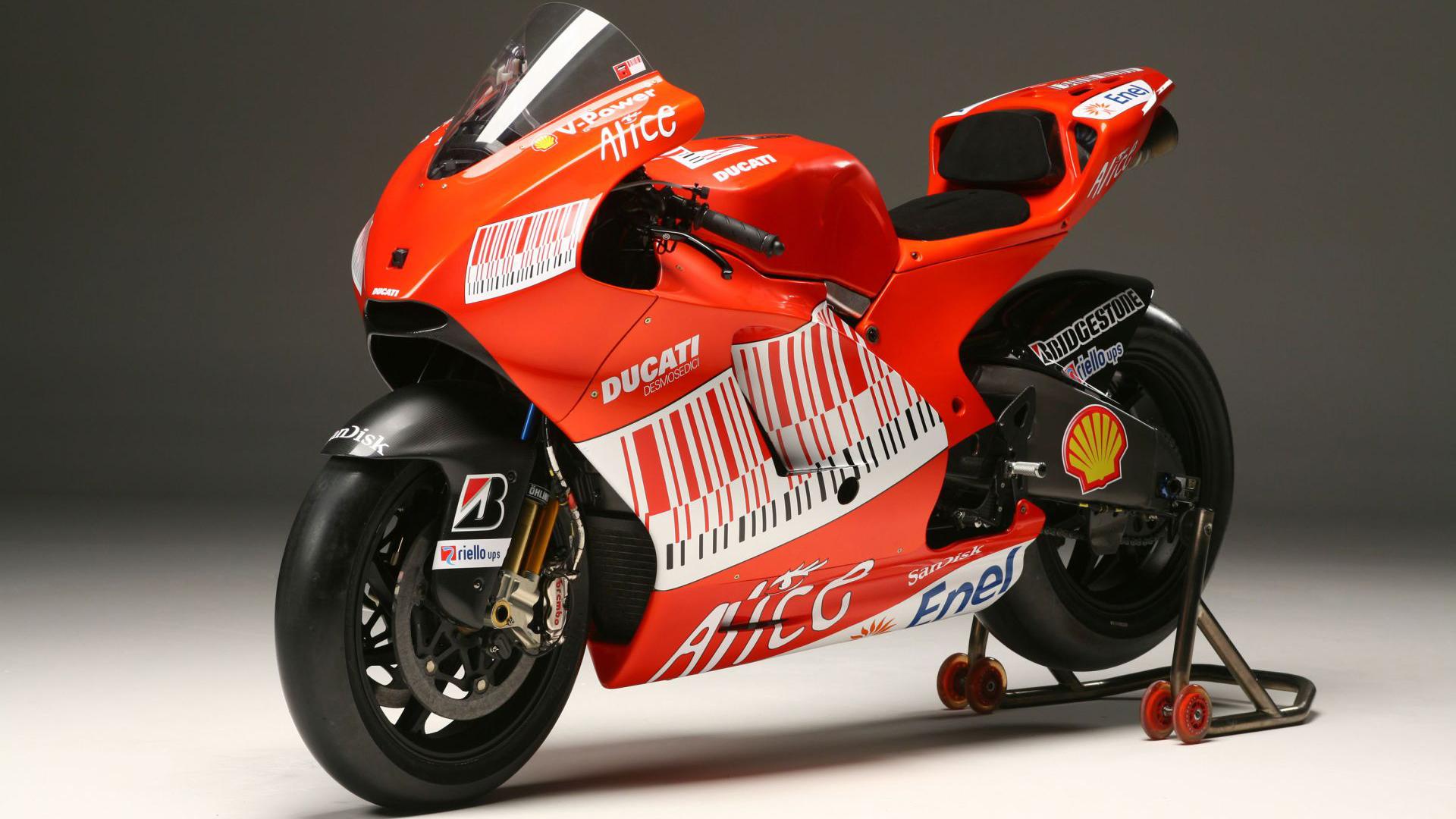 HD Wallpapers Ducati Sports Bike