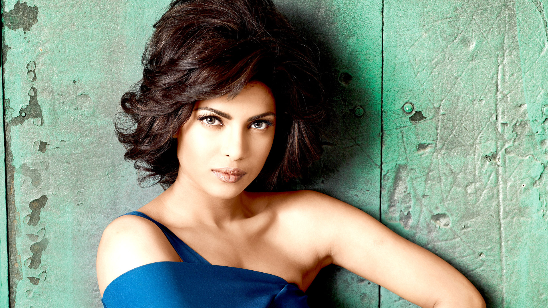 HD Wallpapers Priyanka Chopra 21