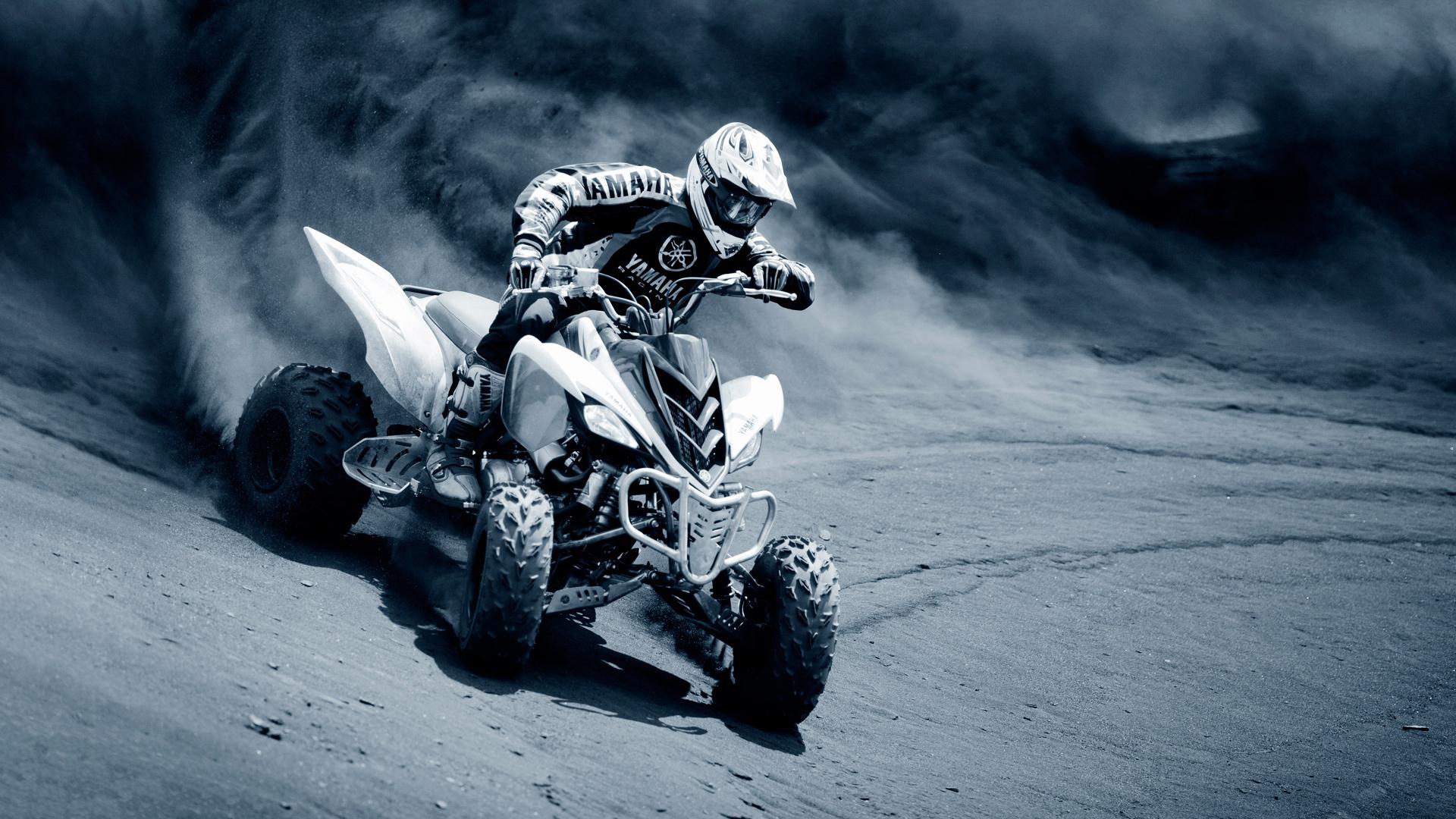 HD Wallpapers Yamaha Sports Race