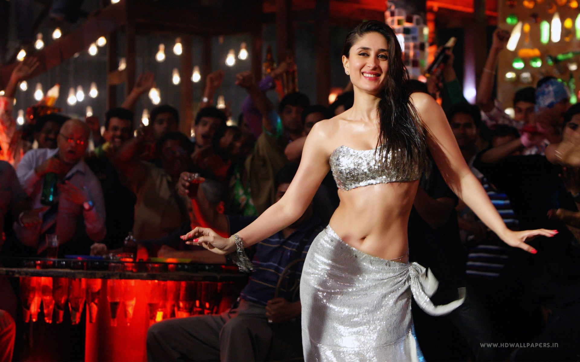 HD Wallpapers Kareena Kapoor Mary Brothers