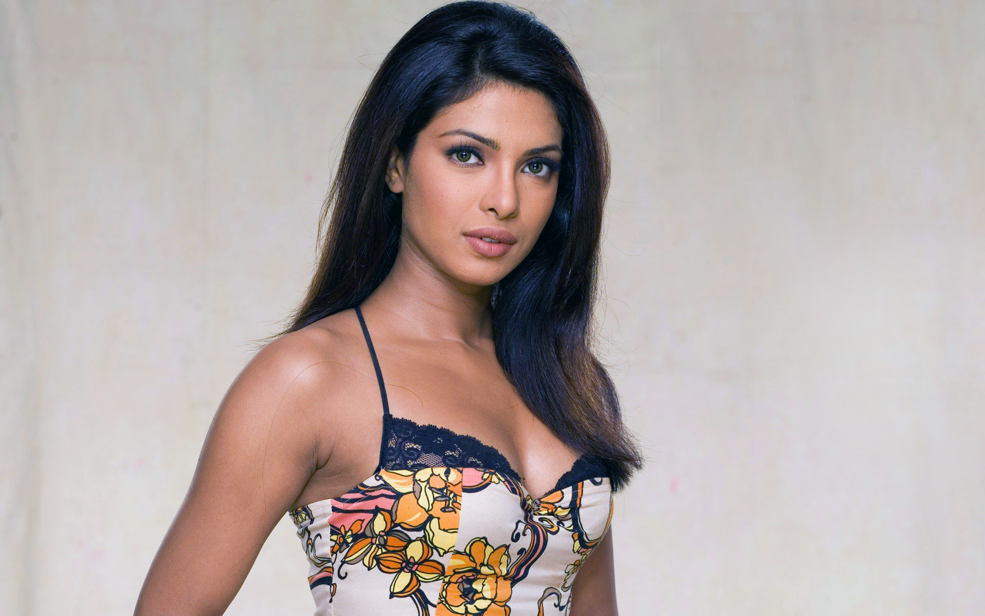 HD Wallpapers Priyanka Chopra 20