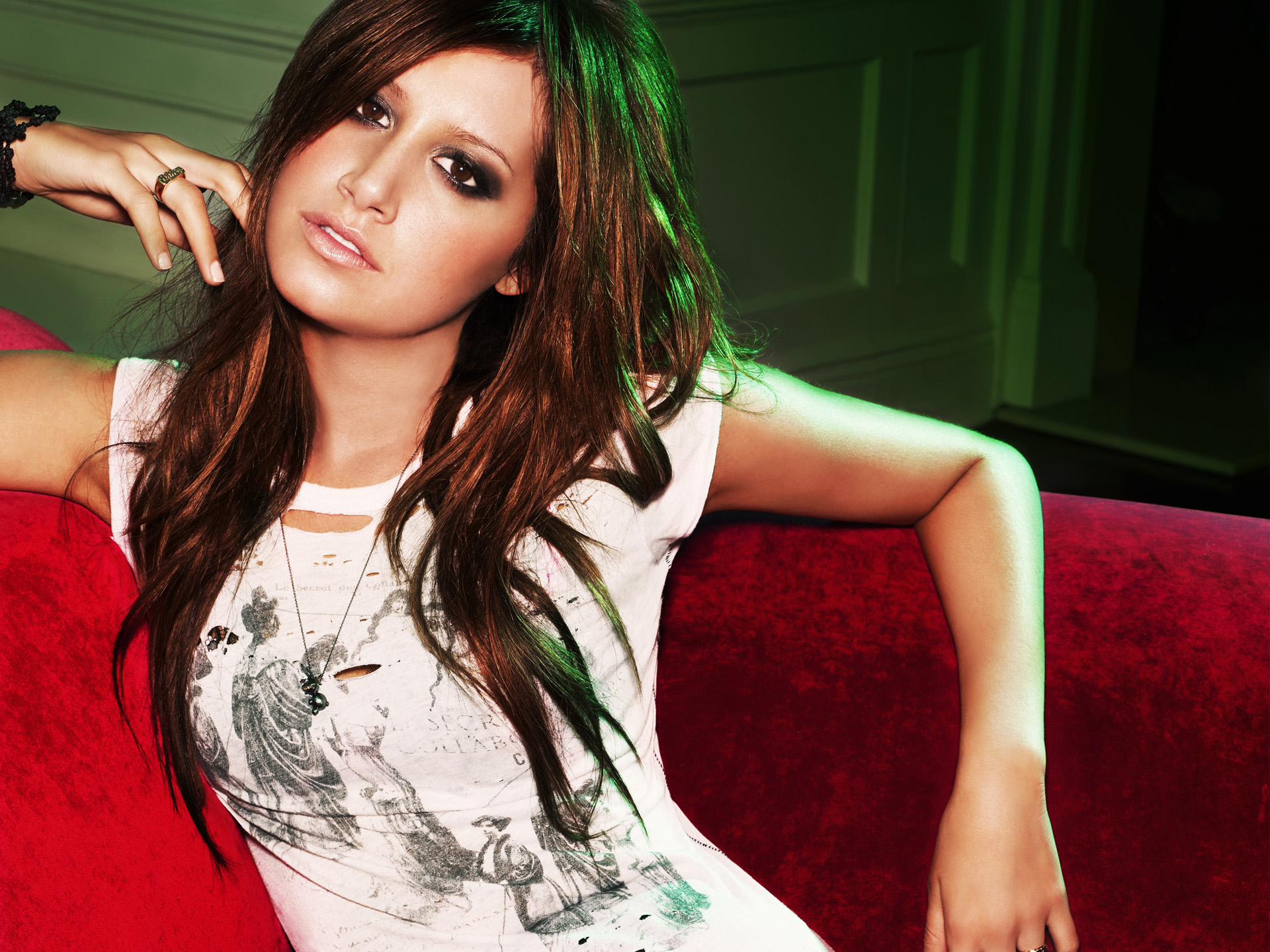 HD Wallpapers Ashley Tisdale High Quality