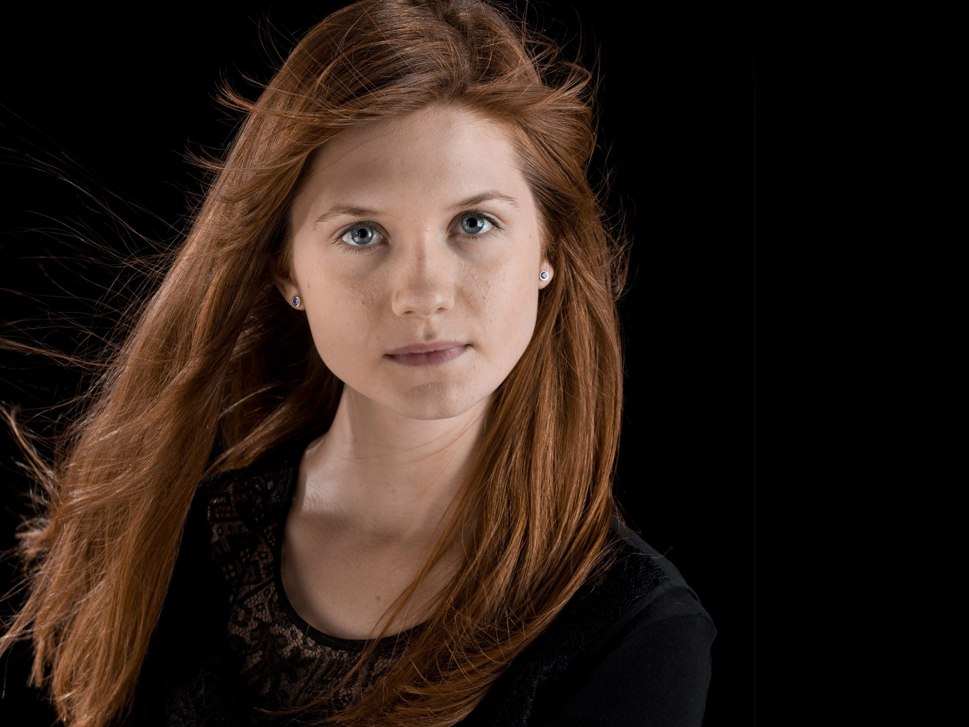 HD Wallpapers Bonnie Wright
