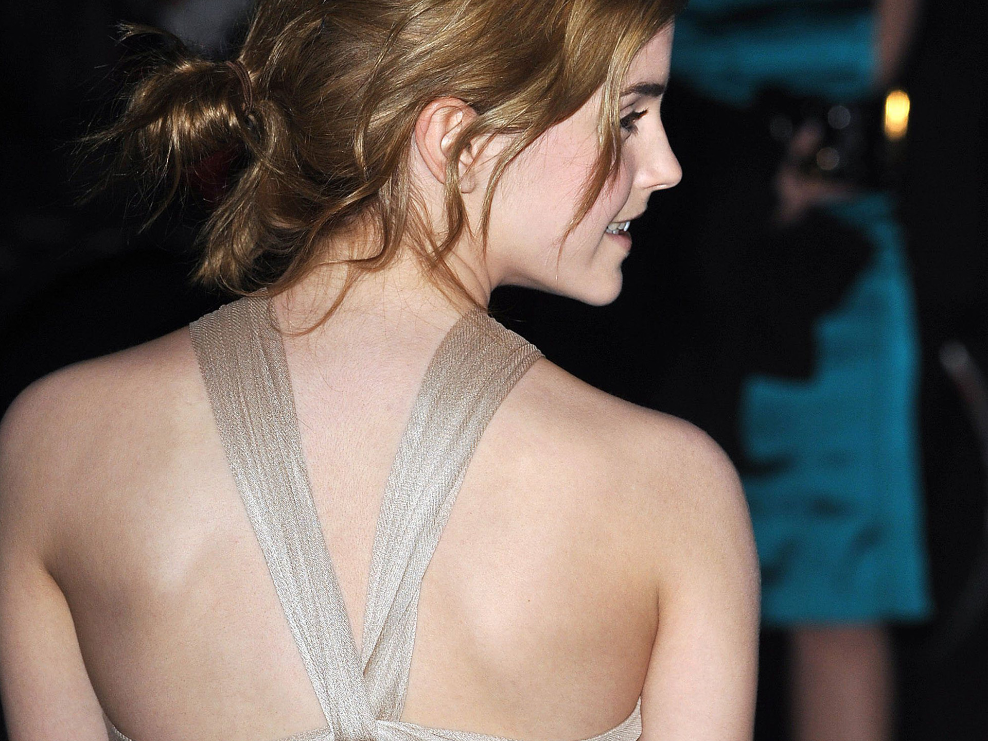 HD Wallpapers Emma Watson Back