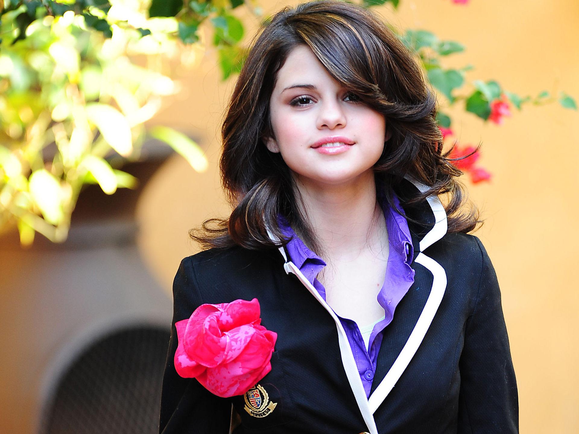 HD Wallpapers Selena Gomez 18