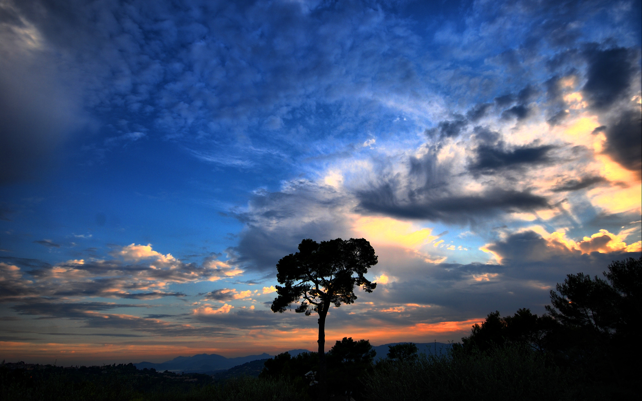HD Wallpapers Dramatic sky