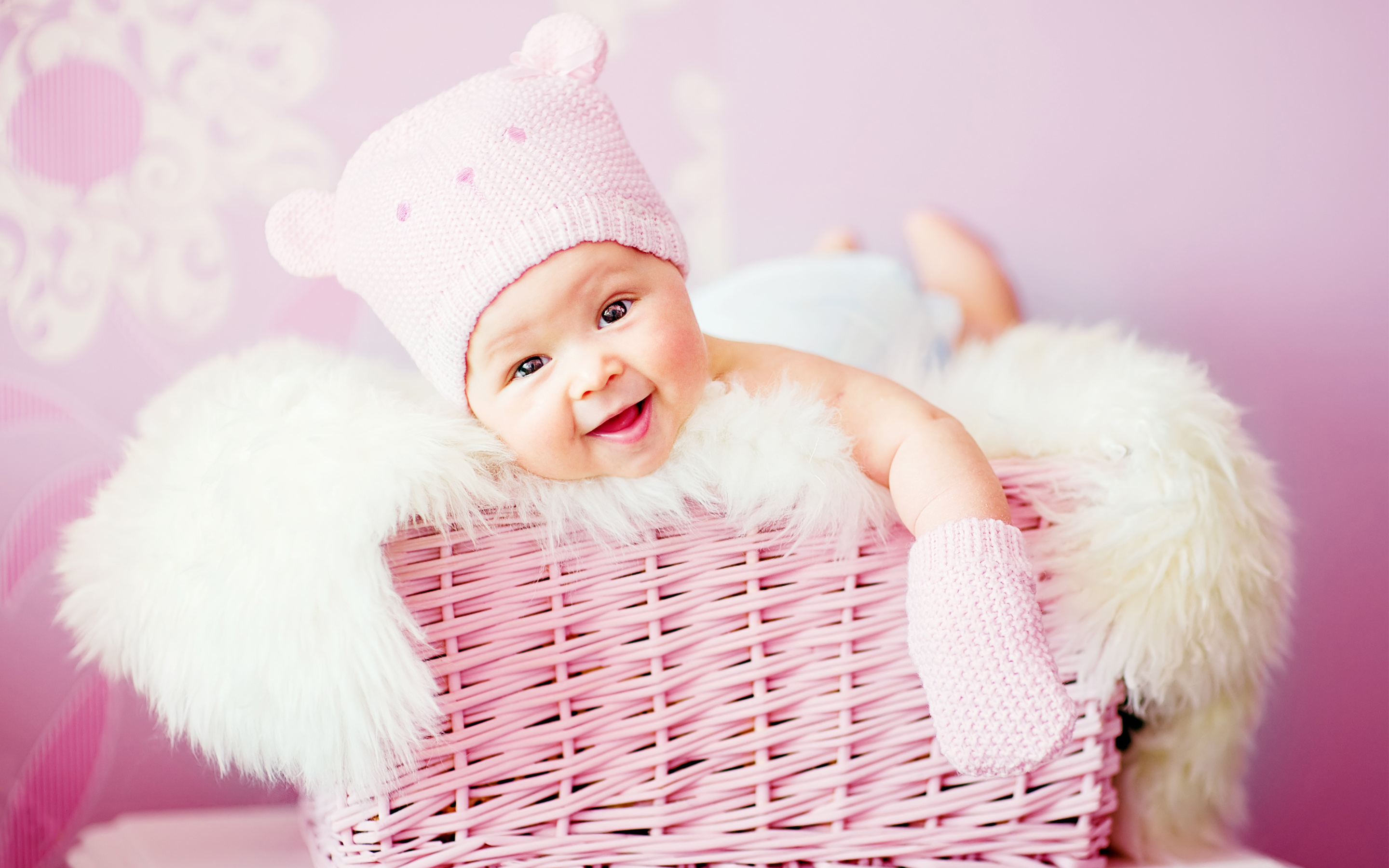 HD Wallpapers Cute Laughing Baby