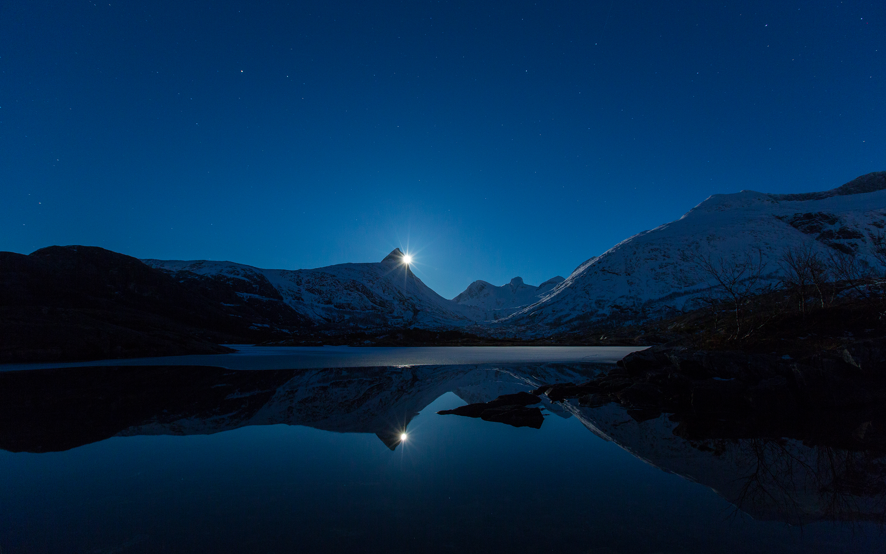 HD Wallpapers Moon Behind Mountain Reflection