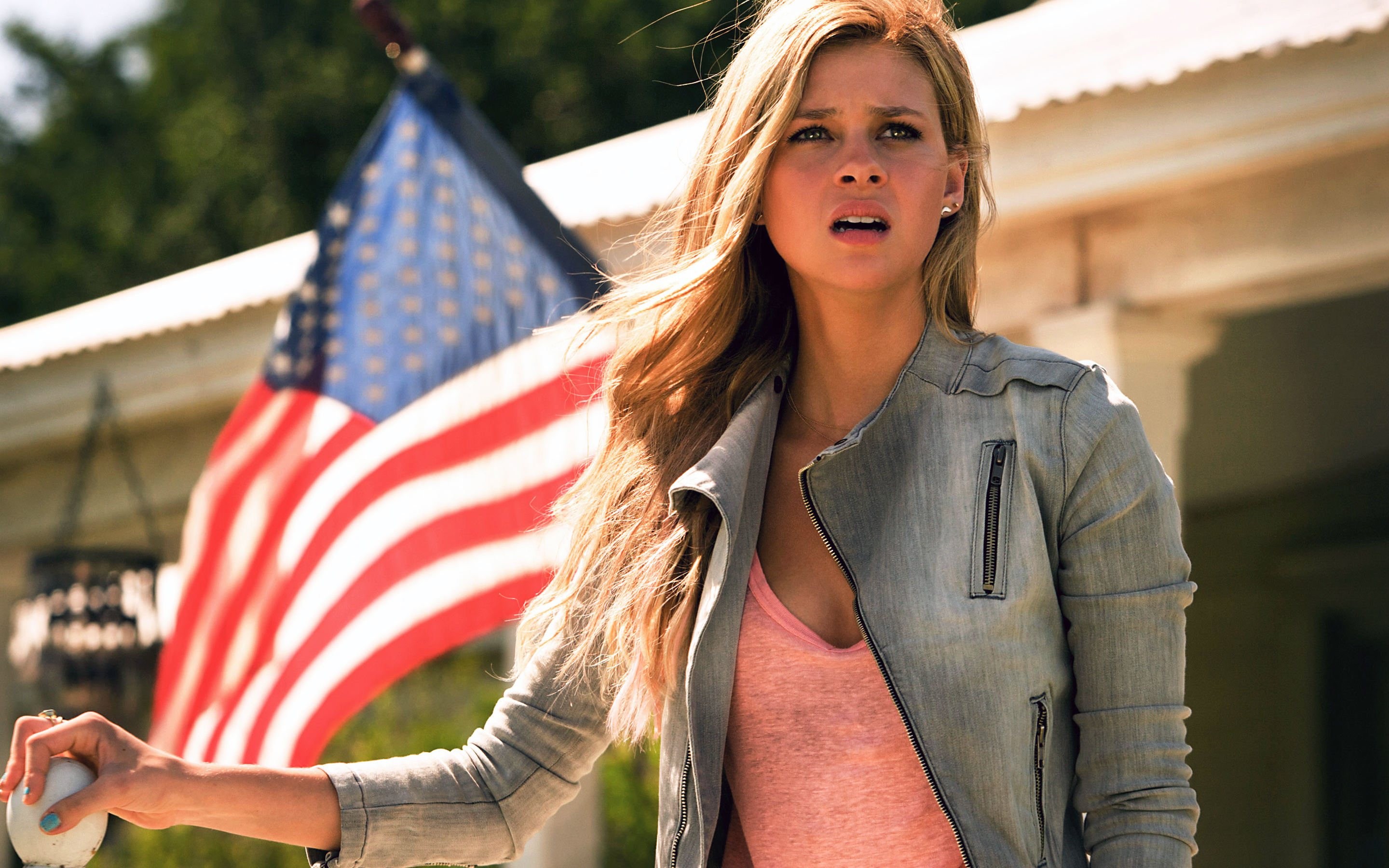 HD Wallpapers Nicola Peltz in Transformers Age of Extinction