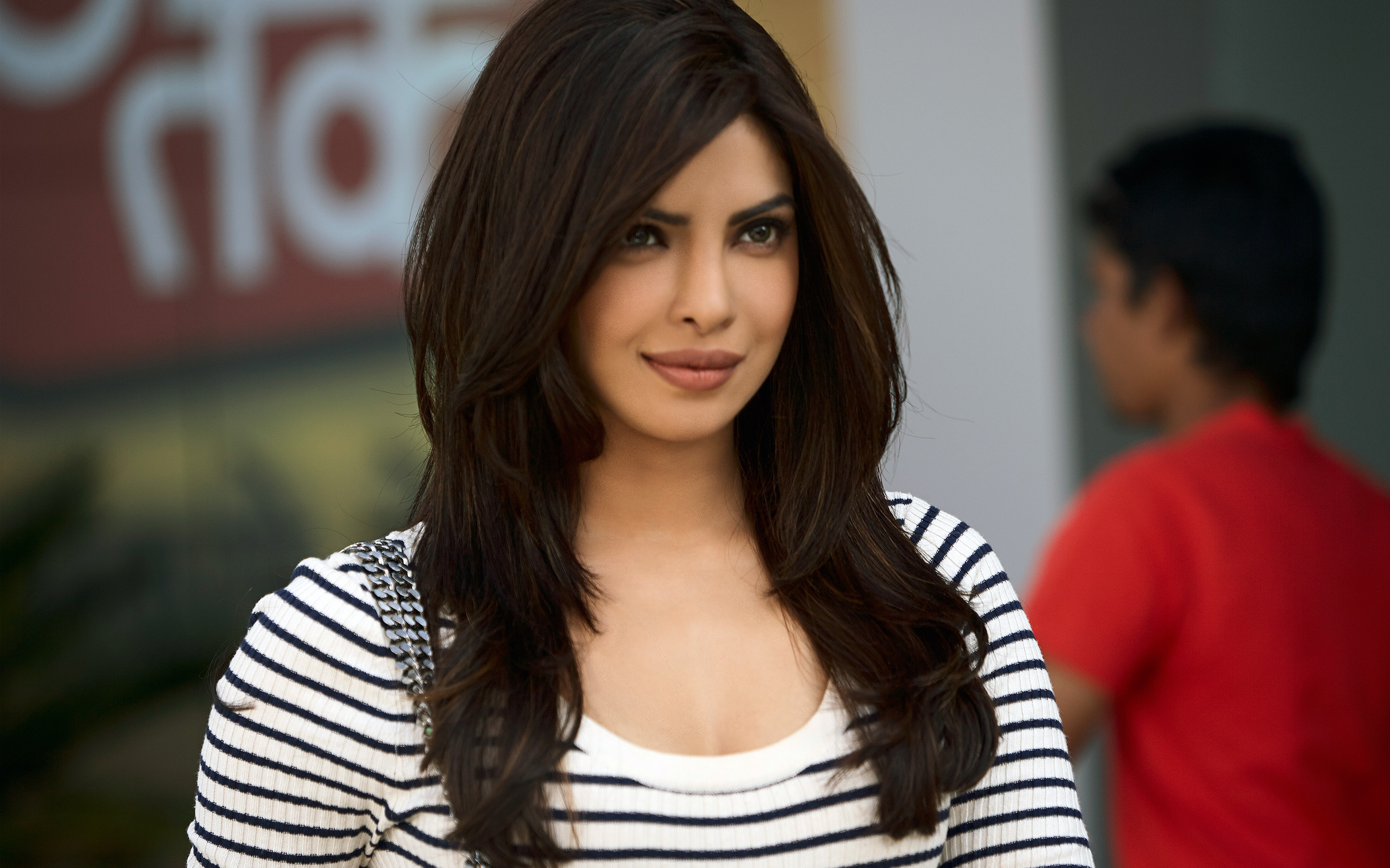HD Wallpapers Priyanka Chopra 19